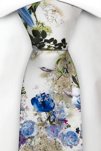 Silke Slips, Blå, hvite og lilla blomster på hvitt, Hvit, Blomstrete