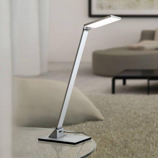 LED-bordlampe Ayana kan dimmes i fire trinn