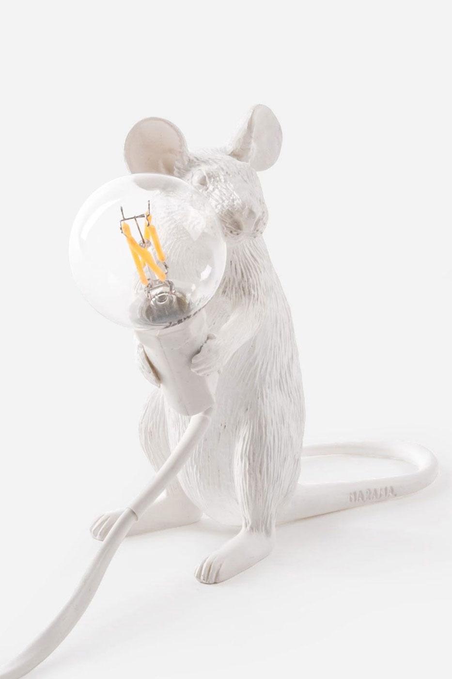Bordslampa mus sittande vit