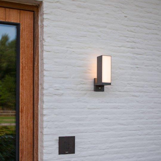 Cuba utendørs LED-vegglampe 1lk. bevegelsessensor