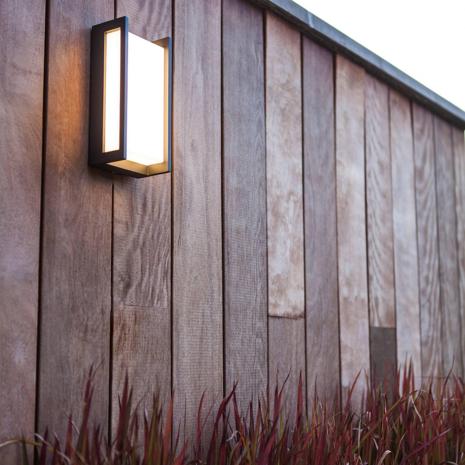 LED-ulkoseinälamppu Qubo, RGBW, älykäs ohjaus