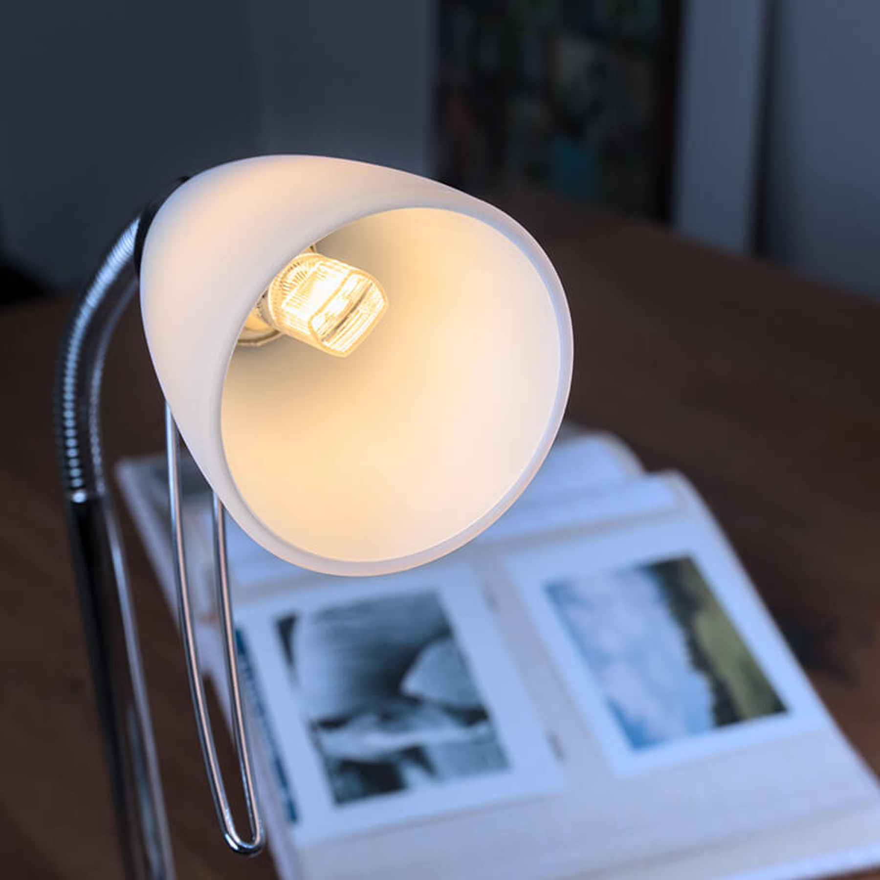 OSRAM kaksikantainen LED-lamppu G9 2,6W, 320 lm