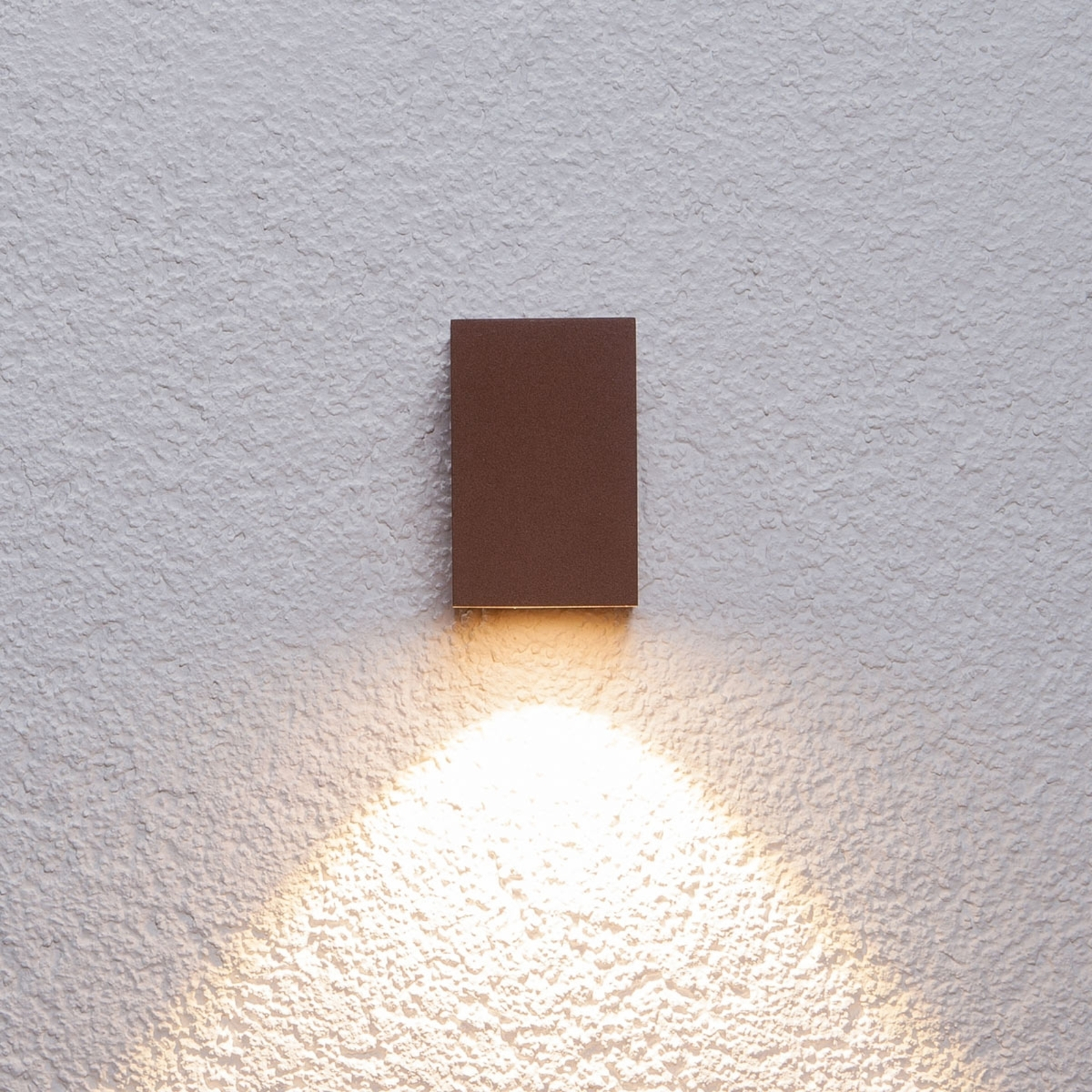 Ruosteenruskea LED-ulkoseinävalaisin Tavi, 9,5cm