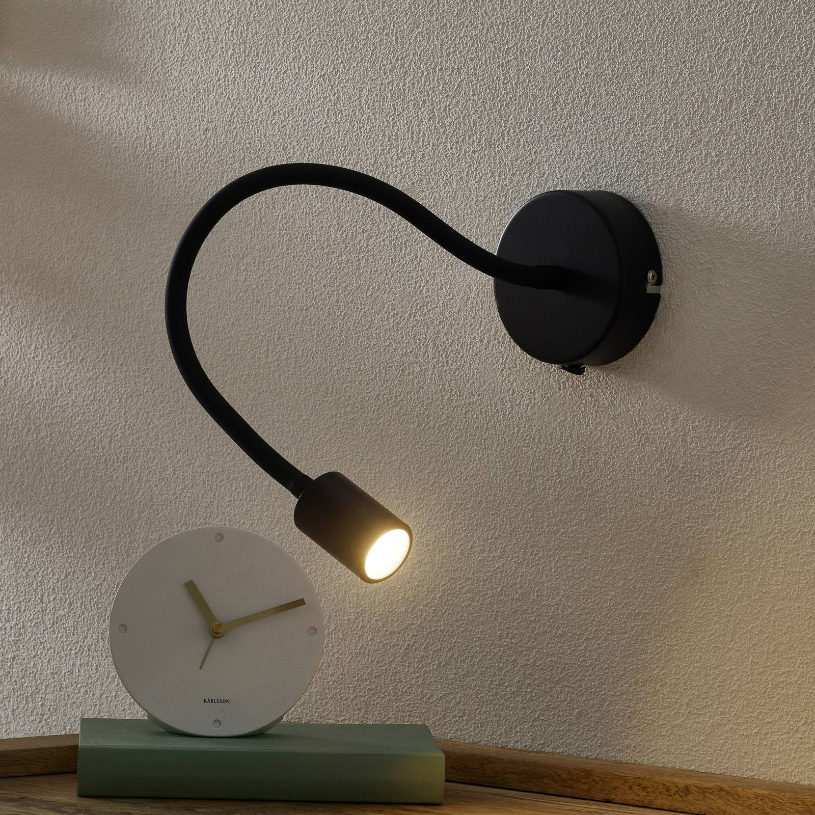 Säädettävä LED-seinävalaisin Focus, musta