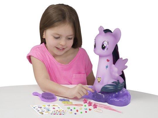 My Little Pony Stylinghode Hest Twilight Sparkle med Lys