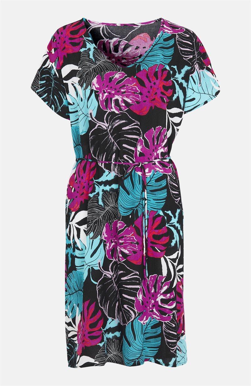 Kuvioitu mekko, jossa solmittava vyö