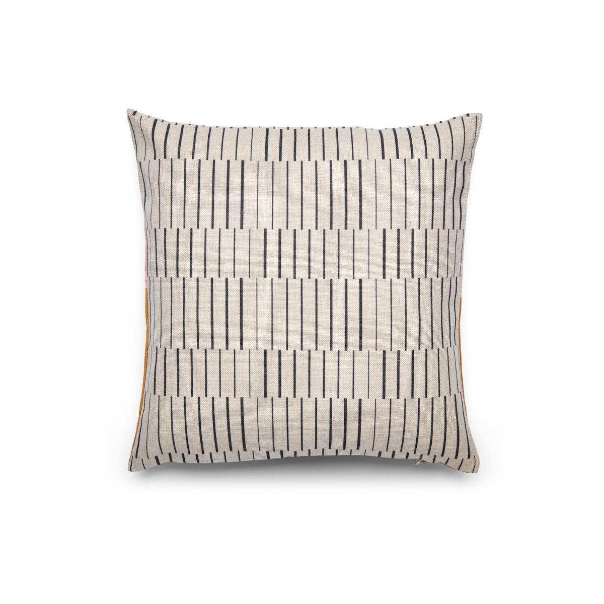 Fest I Blush Cushions (M. ENGELGEER) 45x45cm