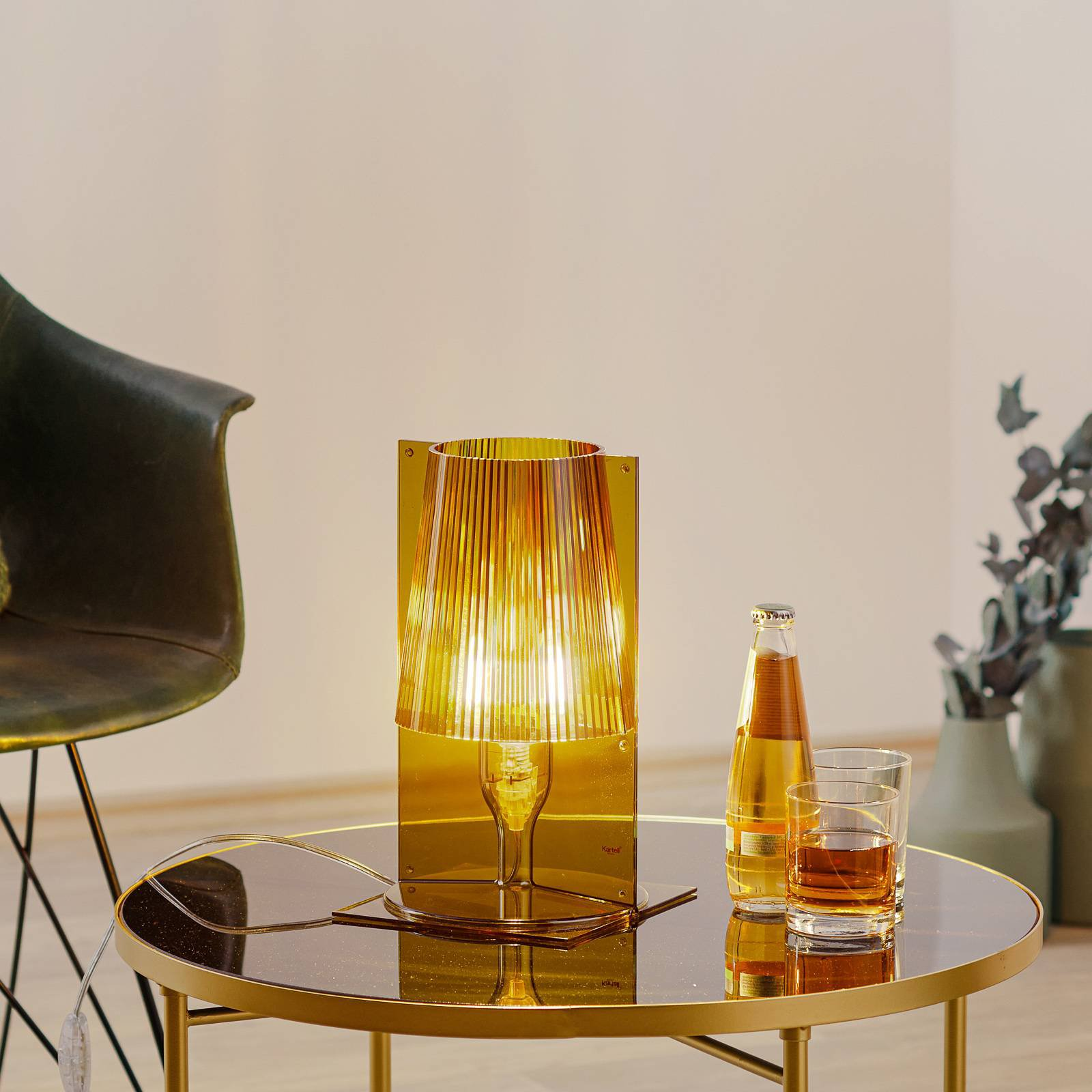 Kartell Take bordlampe, olivengrønn
