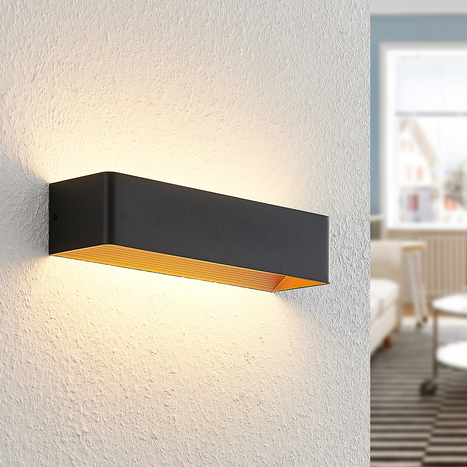 Arcchio Karam -LED-seinävalaisin, 36,5 cm, musta