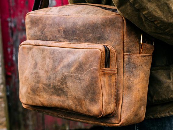 Men's Retro Leather Shoulder Bag Brown