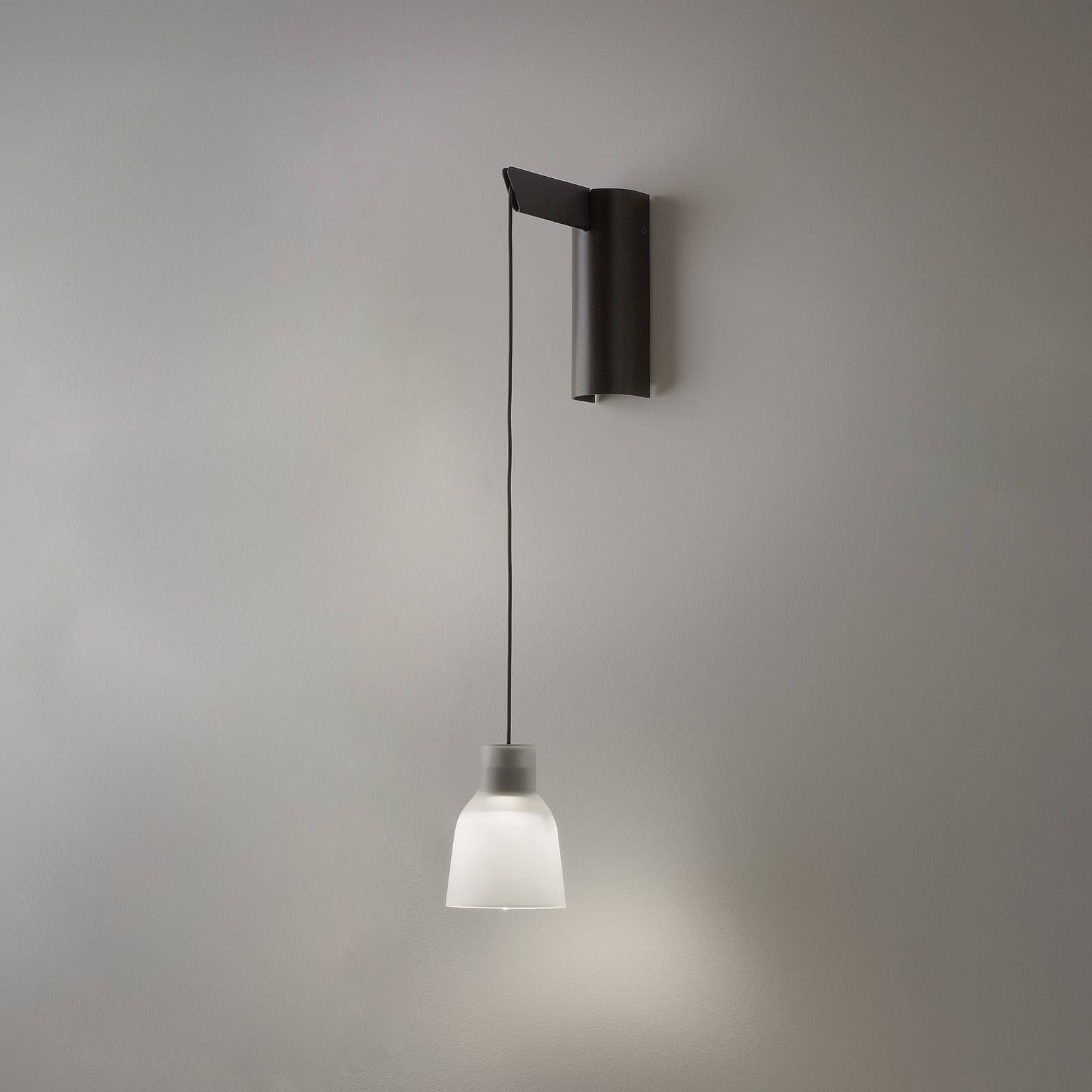 Bover Drip A/01 LED-seinävalaisin, valkoinen