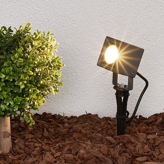 Maapiikkivalaisin Jiada LEDeillä