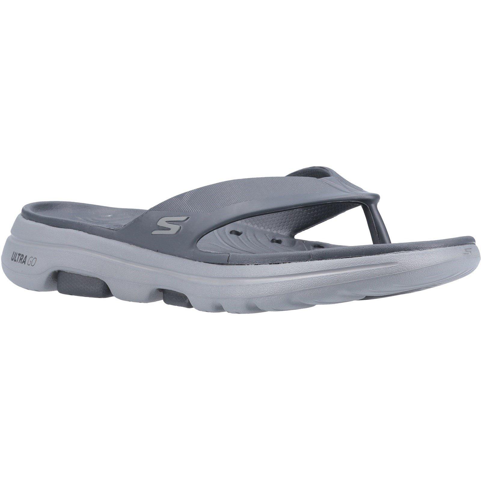 Skechers Men's GOwalk 5 Cabana Toe Post Sandal Charcoal 32207 - Charcoal 10