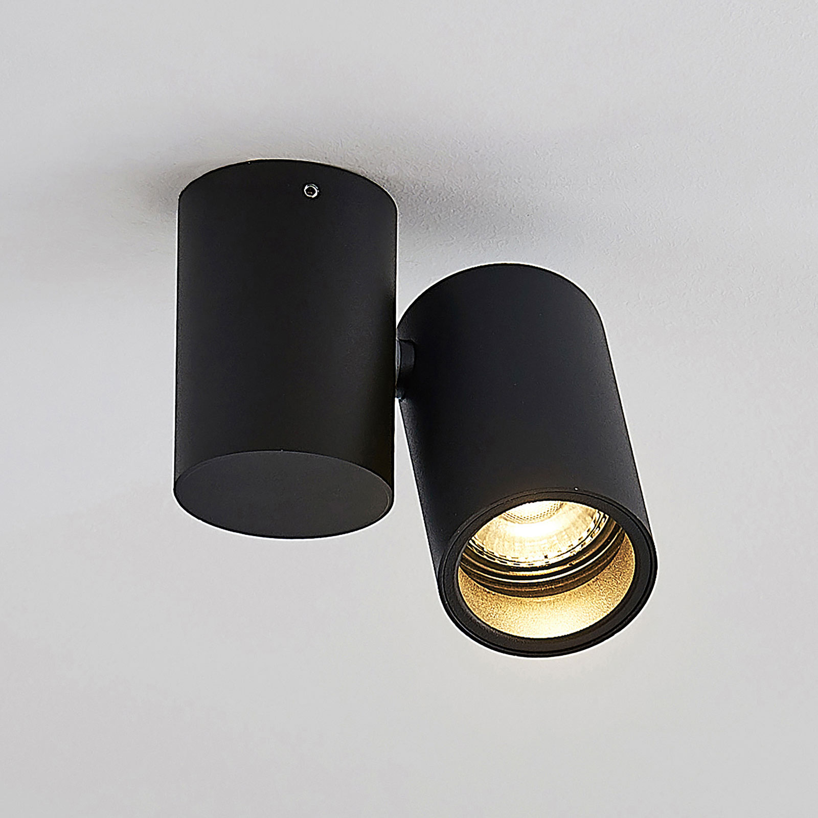 Kattovalaisin Gesina, 1-lamppuinen, musta