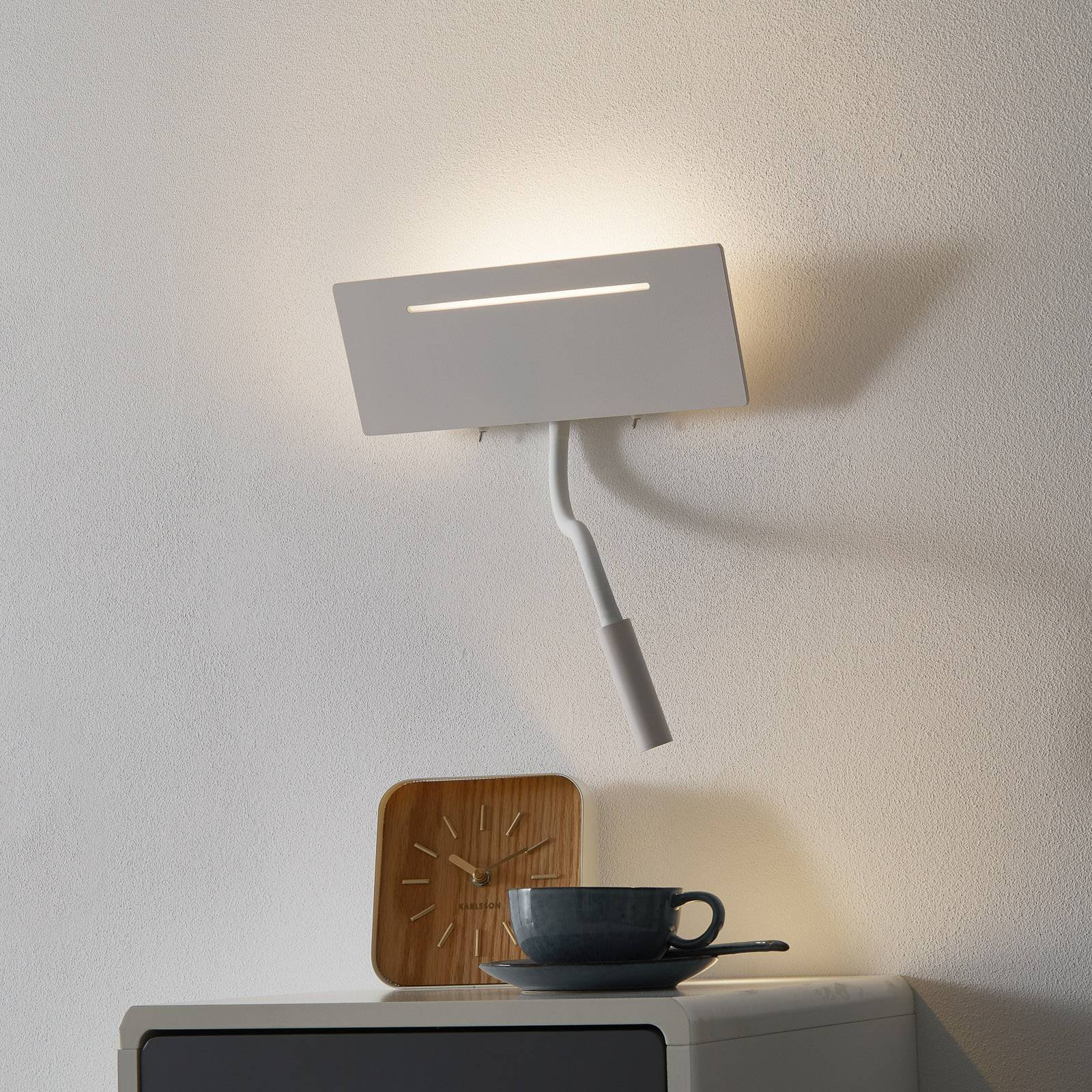 Ariel – hvit LED-vegglampe med leselampe