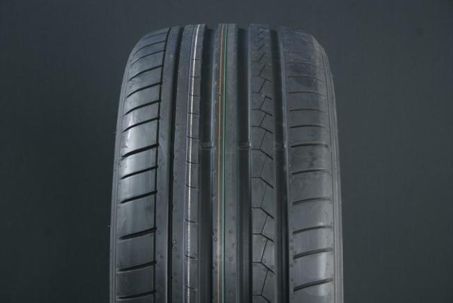 255/35R18 DUNLOP SPORT MAXX GT