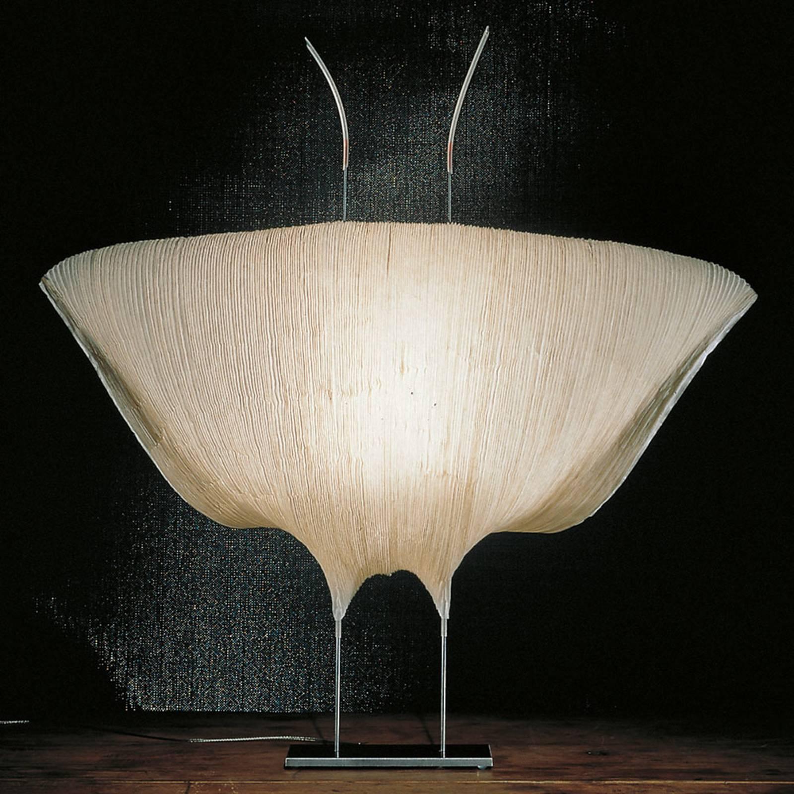 Ingo Maurer Samurai -LED-pöytälamppu paperia