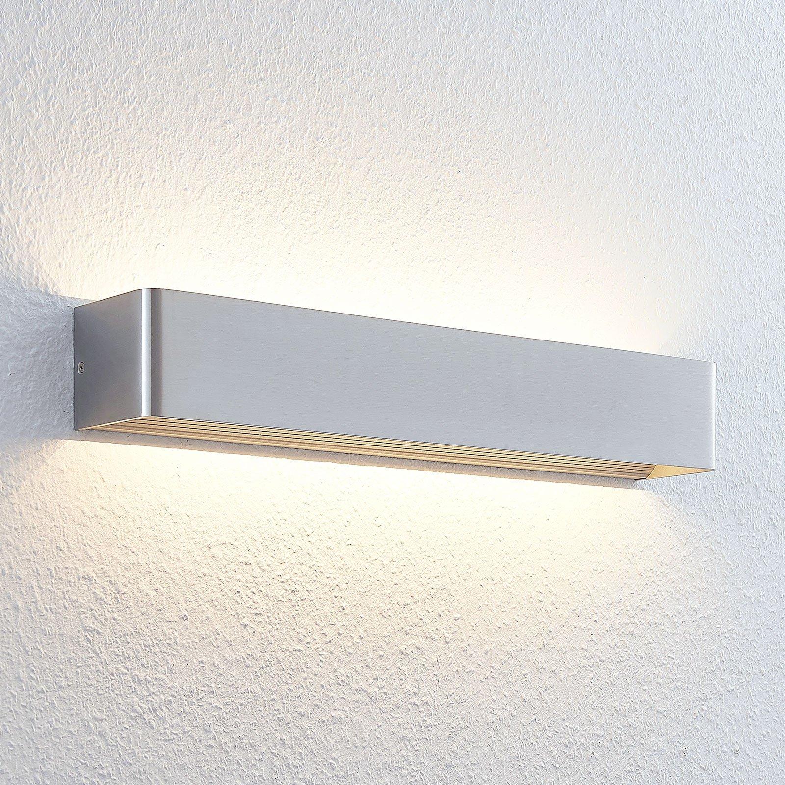 Lang LED-vegglampe Lonisa i matt nikkel