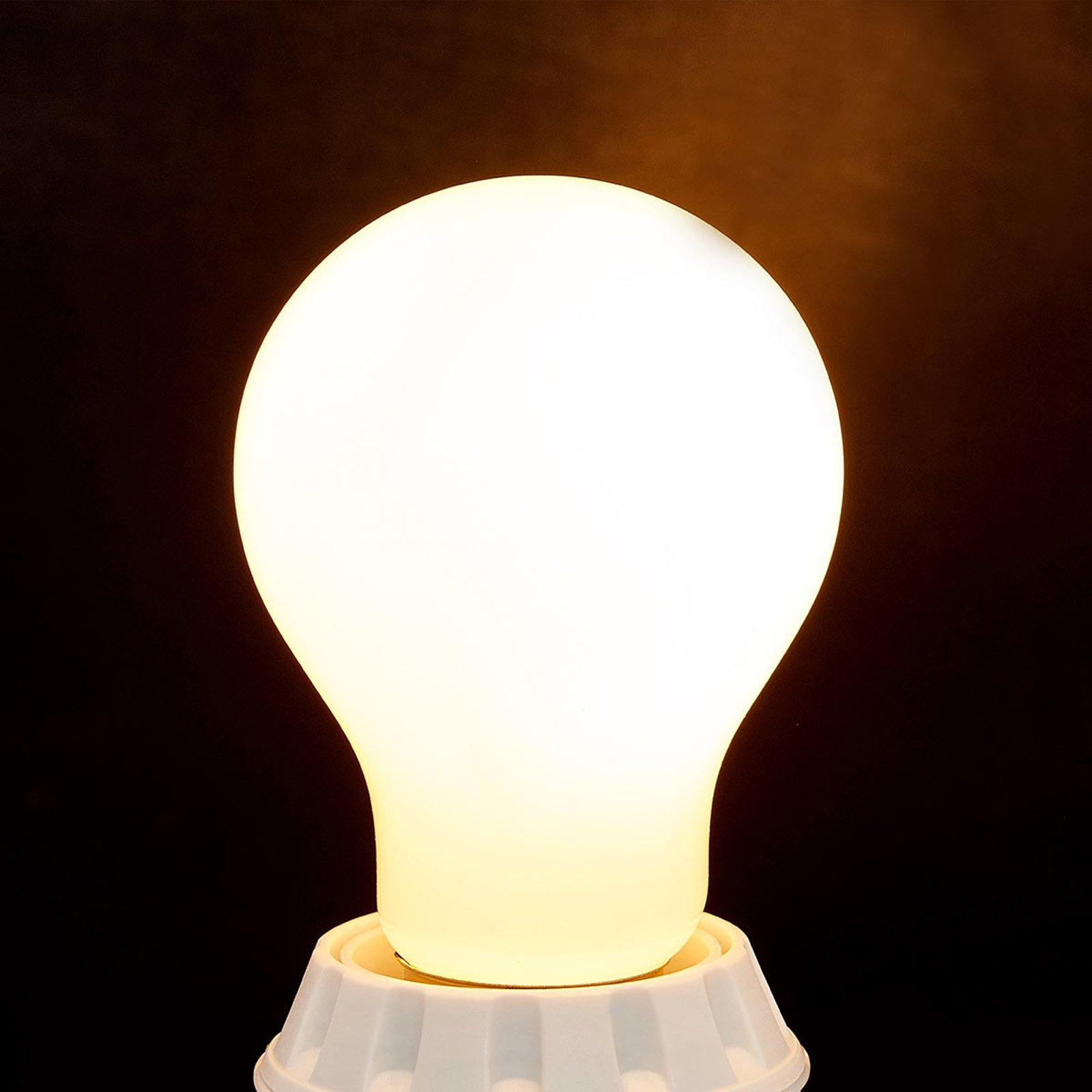E27 LED-lampe 7 W, 806 lm, 2 700 K, opal