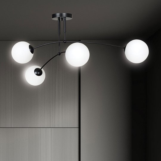 Taklampe Pregos 4 i svart, fire lyskilder