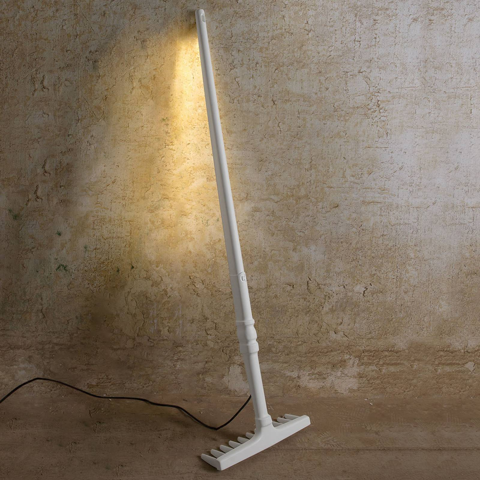 Design-lattiavalaisin Tobia haravan muotoinen, LED
