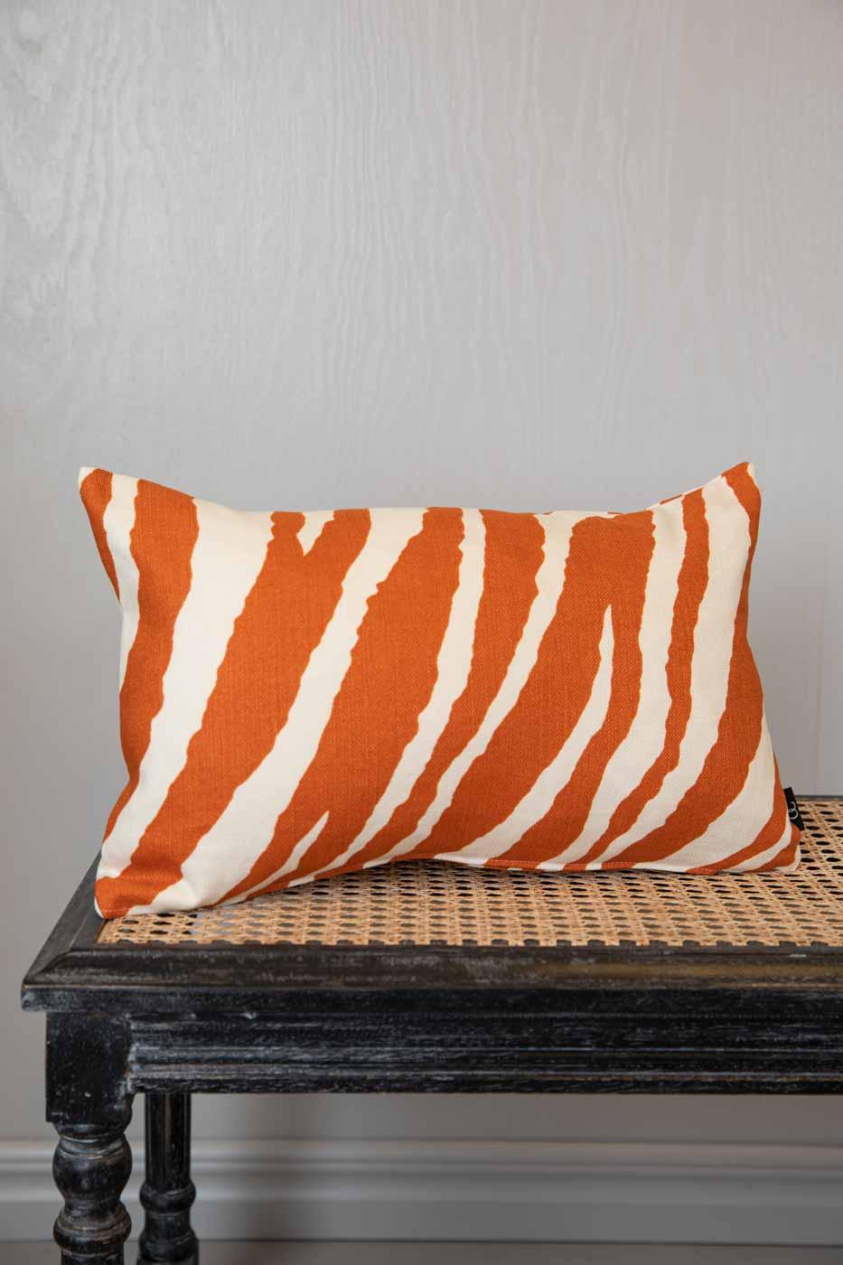 Kuddfodral Zebra 30x50 orange