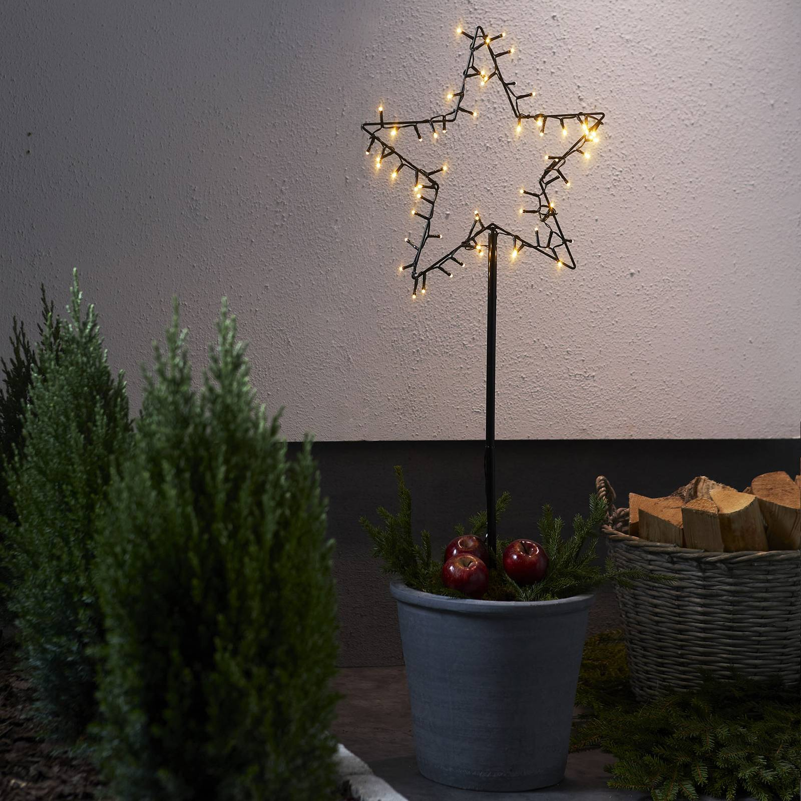 Spiky-LED-koristetähti ulkokäyttöön, paristok.