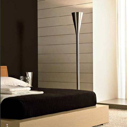 Fontana Arte Luminator LED-gulvlampe, nikkel