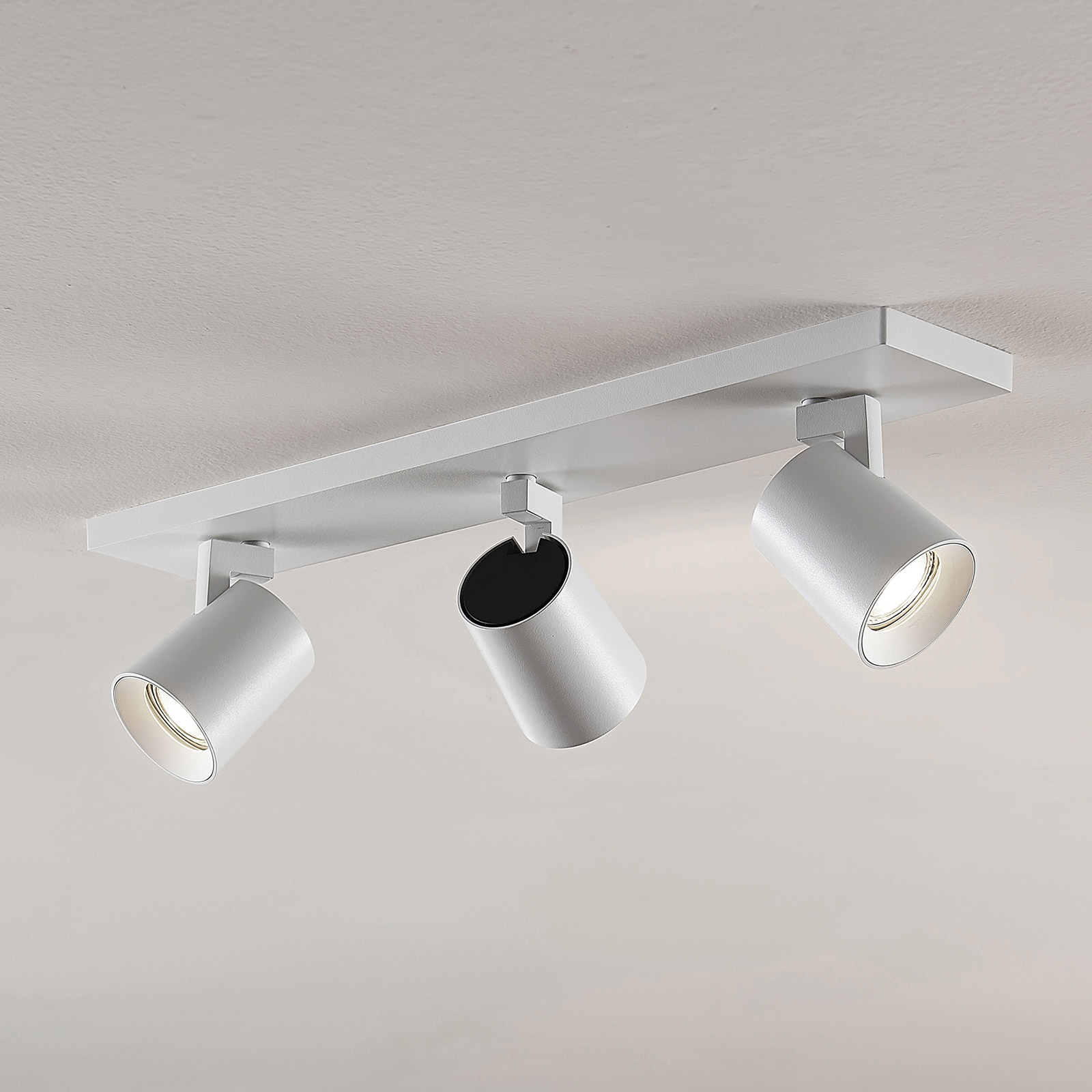 Arcchio Iavo-spotti kulmikas, valkoinen, 3 lamppua