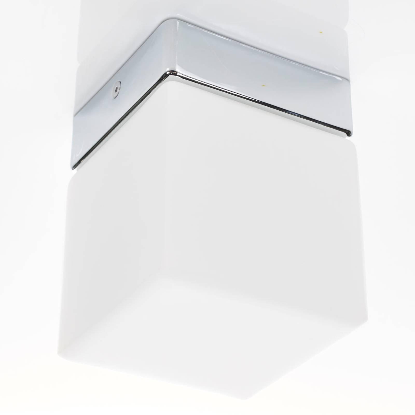 Helestra Keto - LED-taklampe til bad, kube