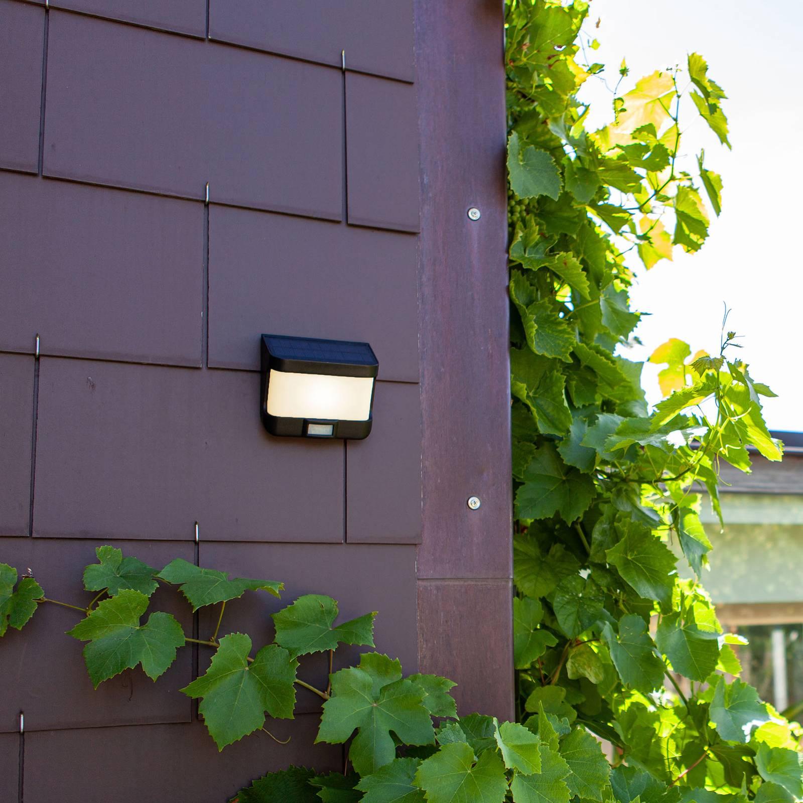 LED-aurinkoseinävalaisin Try liiketunnistimella