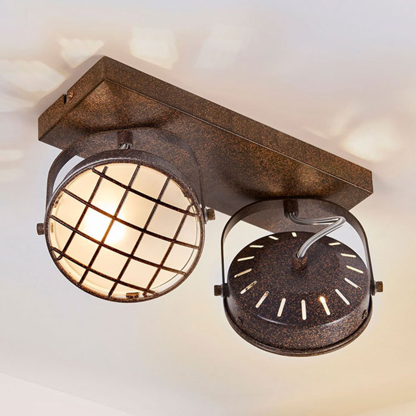 Rustbrun LED-taklampe Tamin, to lys