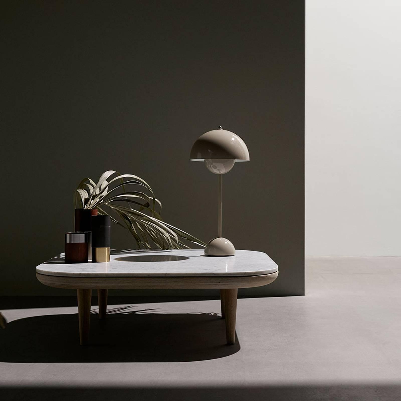 &Tradition Flowerpot VP3 pöytälamppu harmaa-beige