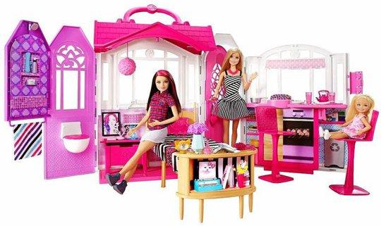 Barbie Glam Getaway Hus og Dukke