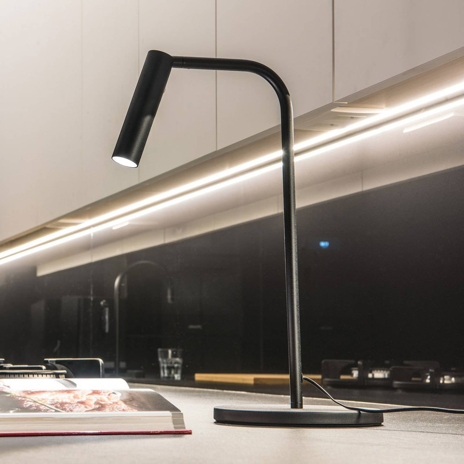SLV Karpo LED-bordlampe med dimmer, svart