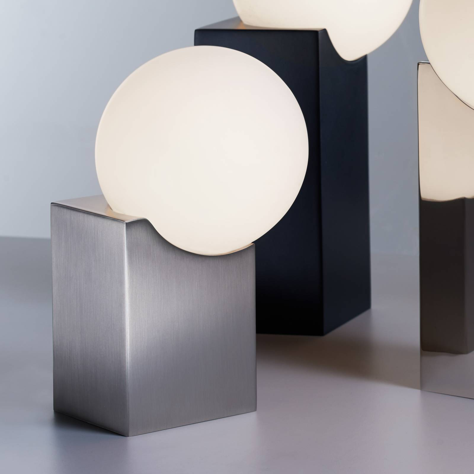 Pöytälamppu Cub 23,5 cm, matta nikkeli