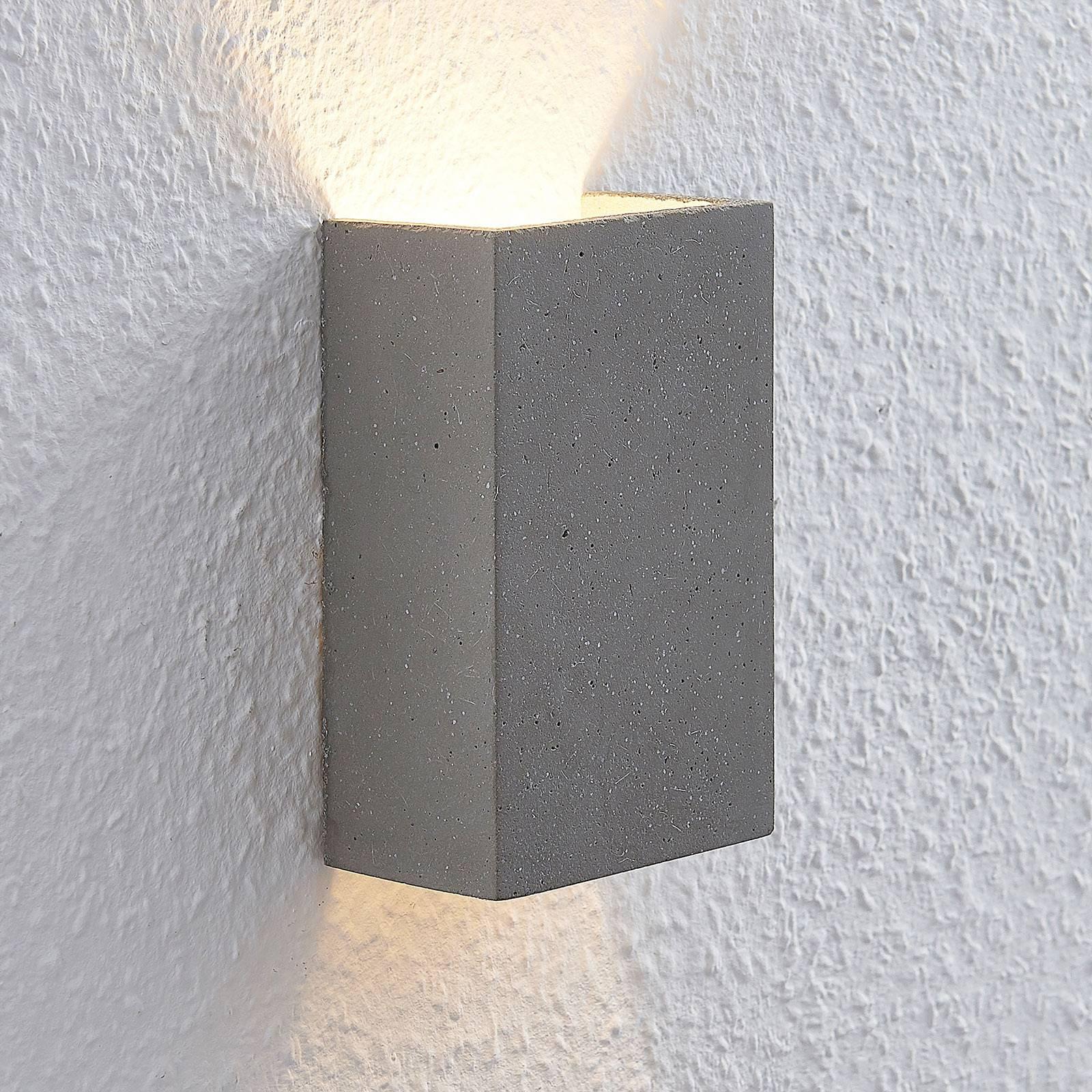 Lindby Albin LED-seinävalaisin betonista