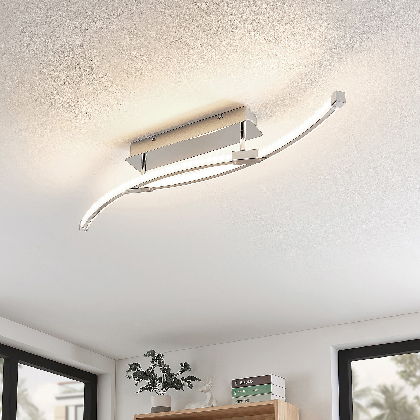 Lindby Rouven -LED-kattovalaisin, kaareva, 4-lamp.