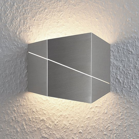 LED-seinävalaisin Nikolae, 18 cm, matta nikkeli