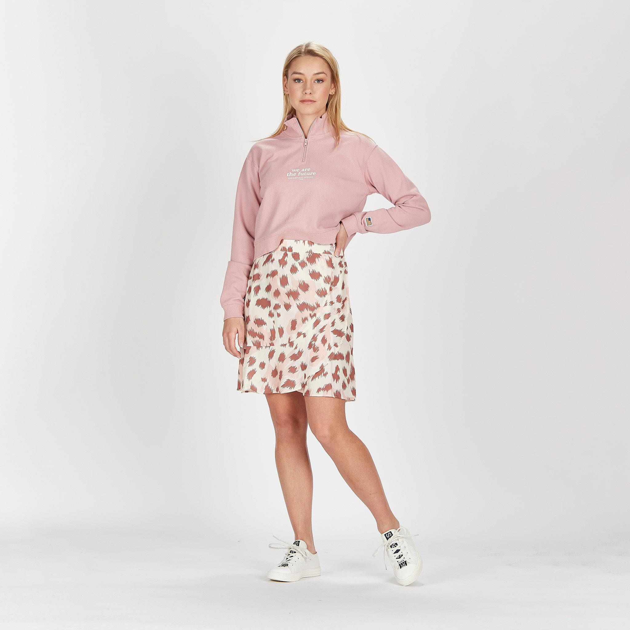 W. Short Wrap Skirt