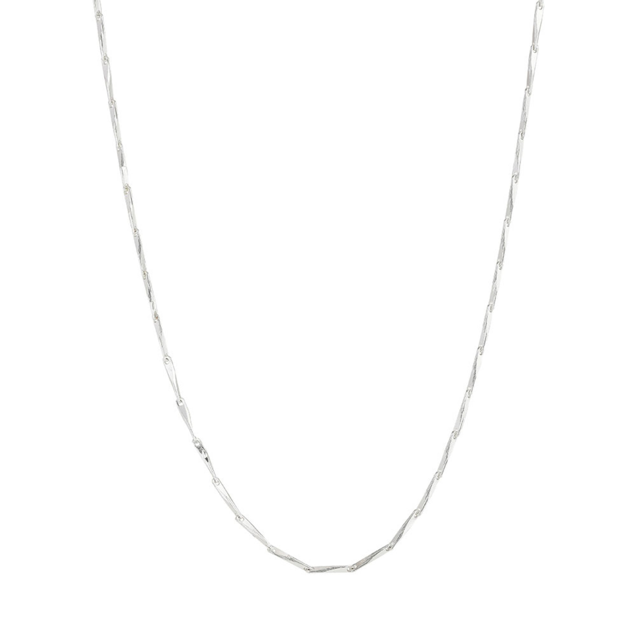 Halsband, Deva