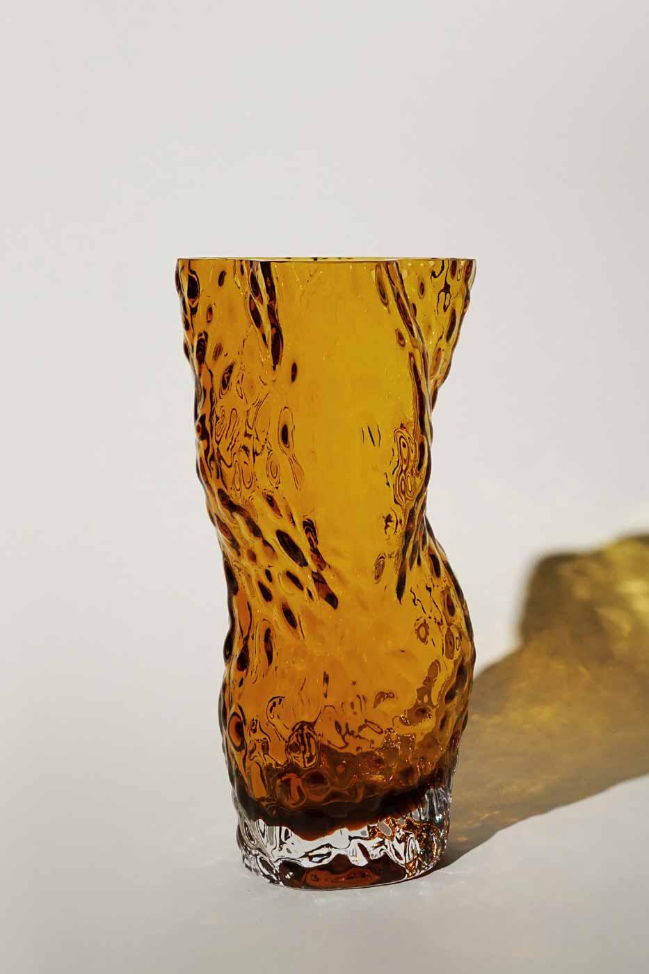 Vas Ostrea Rock amber