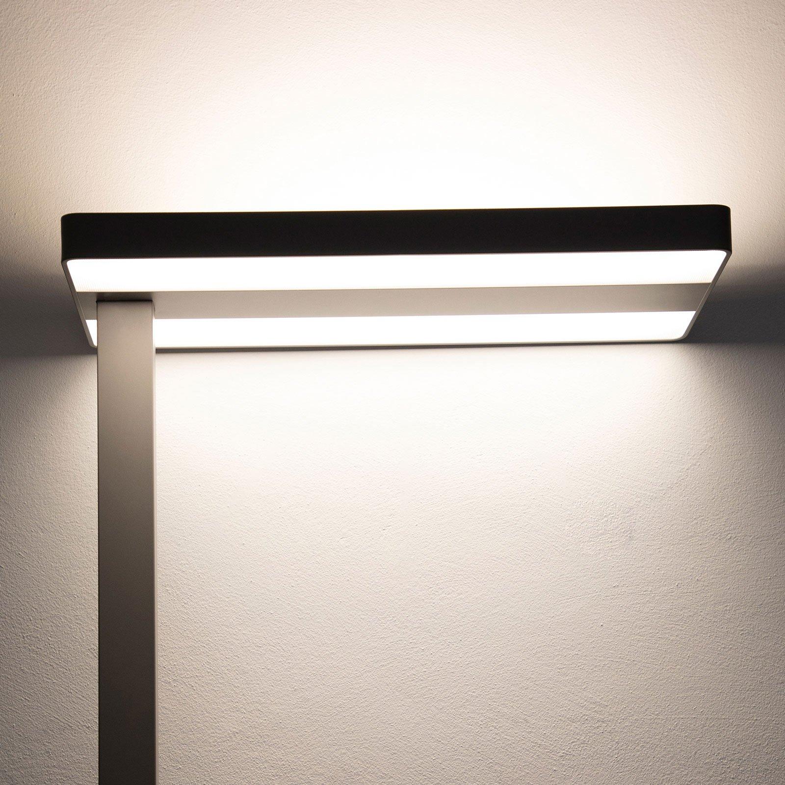 MAULjaval LED-gulvlampe med klemfot og dimmer