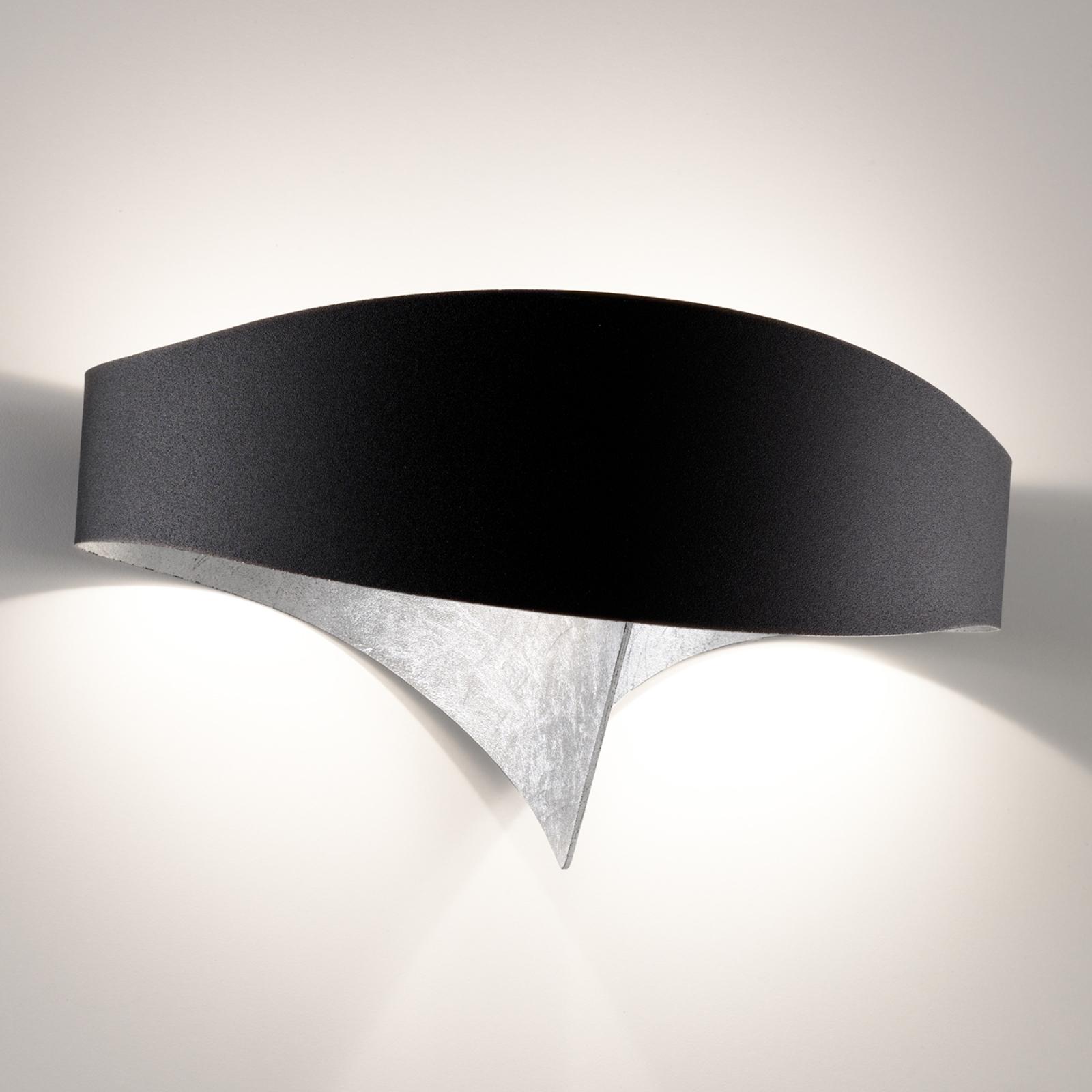 LED-seinävalaisin Scudo, jossa on lehtihopeaa