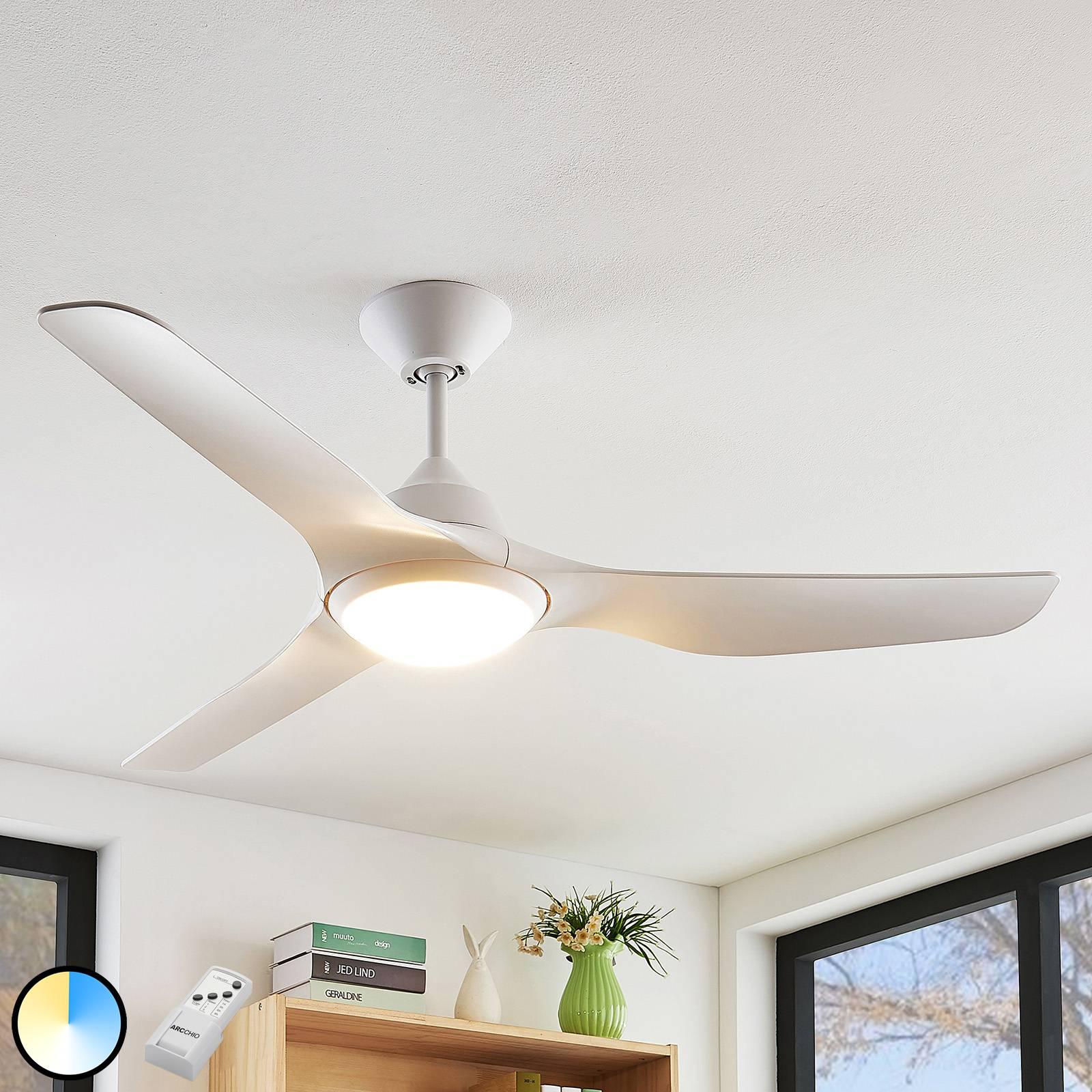 Arcchio Pira-LED-kattotuuletin valkoinen, 3 siipeä