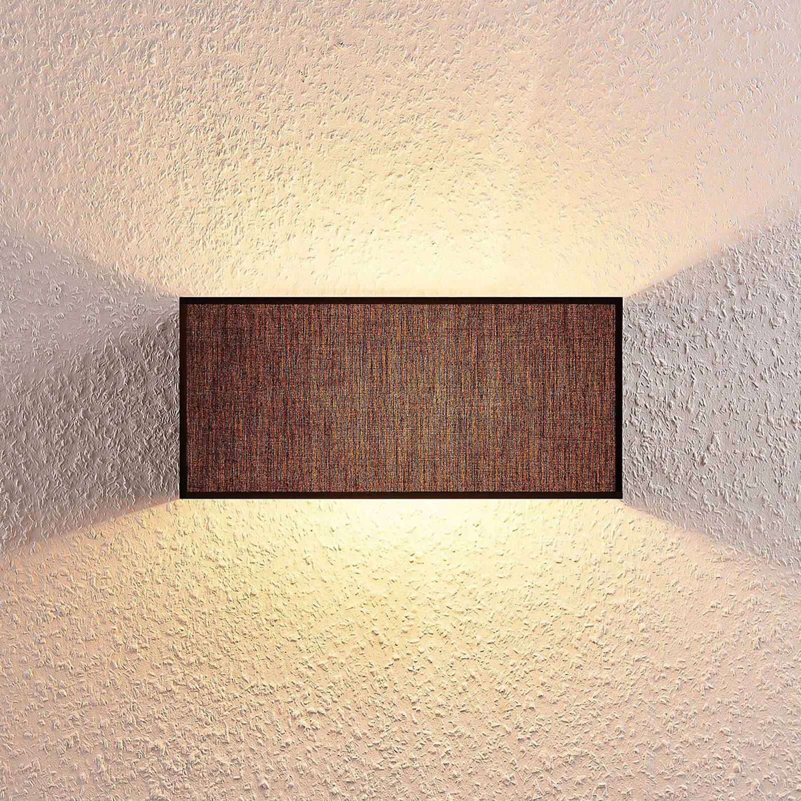 Adea stoff-vegglampe, 30 cm, kantet, svart