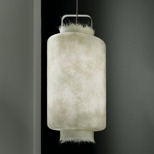 Valkoinen lasikuitu-LED-riippuvalaisin Kimono 40cm