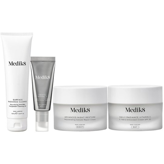 Skin Care Routine With Retinal, Medik8 Ihonhoitopakkaukset