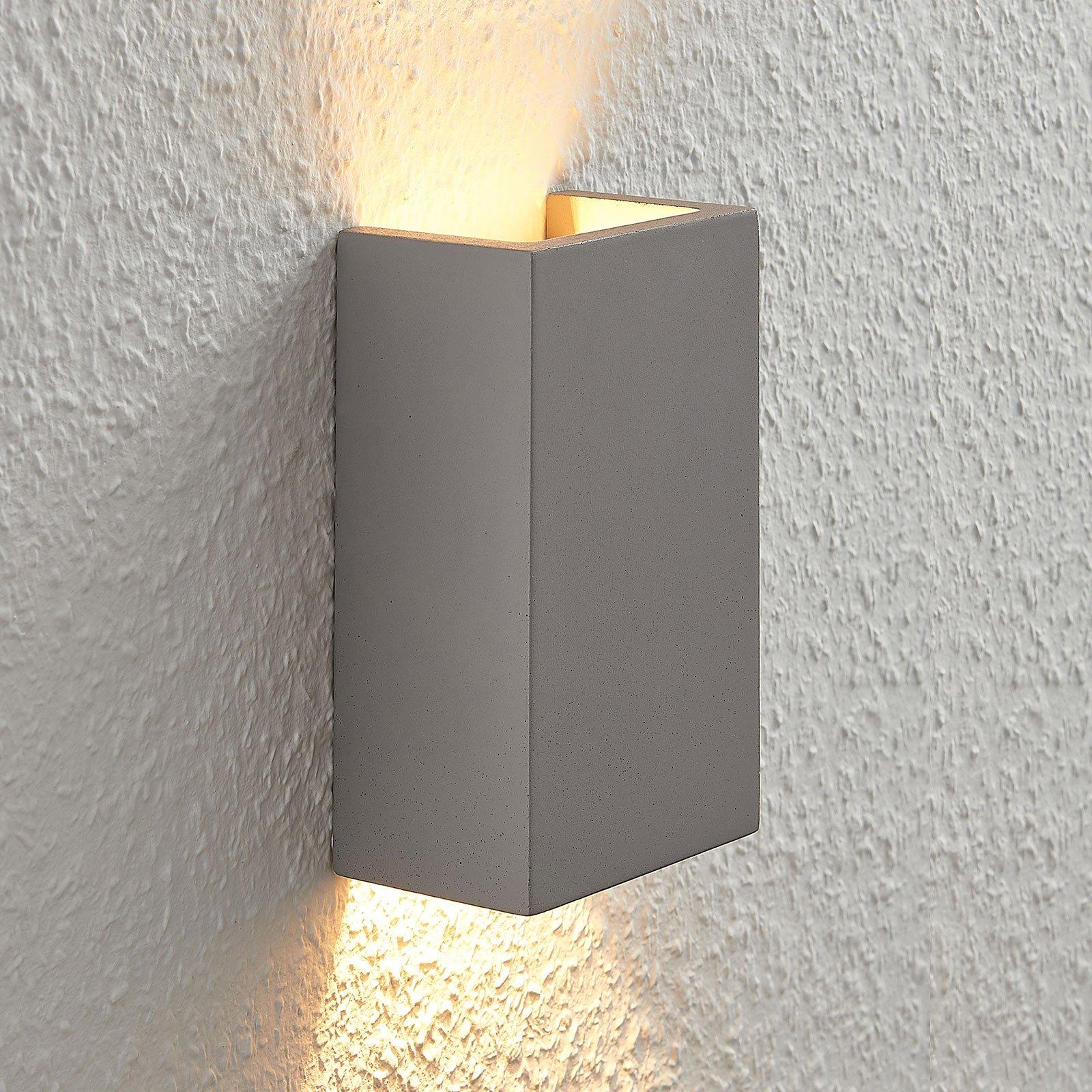Betongvegglampe Smira i grått, 11x18cm