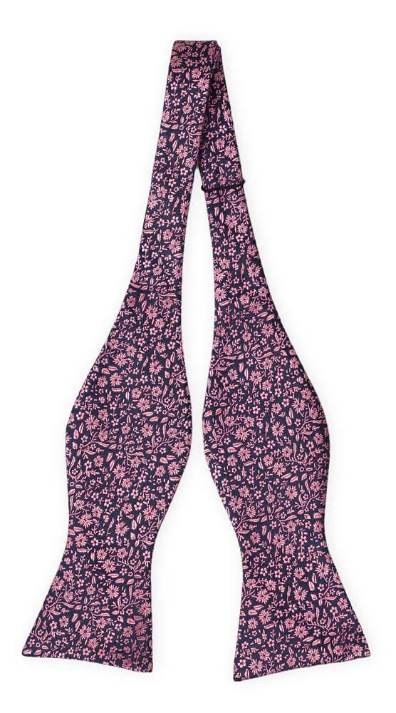 Silke Sløyfer Uknyttede, Mørkeste marineblått med lillarosa blomstermønster